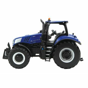 Britains New Holland T8.435 Tractor 1:32