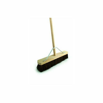 Bentley Stiff Bassine Broom with 4'6